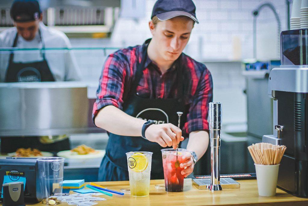 Restaurant Employee Mixing Drinks, Example for Employer Branding